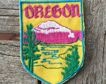 Oregon Vintage Souvenir Travel Patch from Voyager
