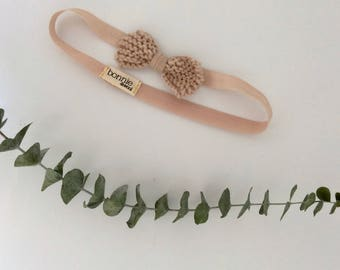 Headband with coquillage bow