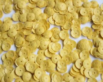100 Mustard color  Round Shape Sequins......3D effect/KBRS103