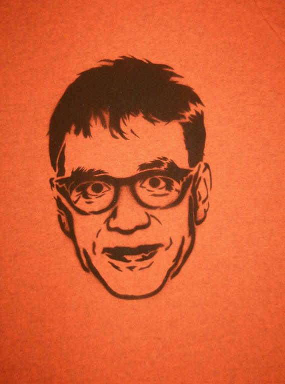 Fred Armisen spray painted shirt