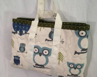 Diaper changing station, Small diaper bag, Handy diaper bag, Changing pad bag, Baby diaper bag, Baby gift, Shower gift, Owl diaper bag