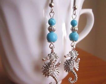 Seahorse earrings, turquoise earrings, summer earrings, turquoise beads, marine earings, handmade