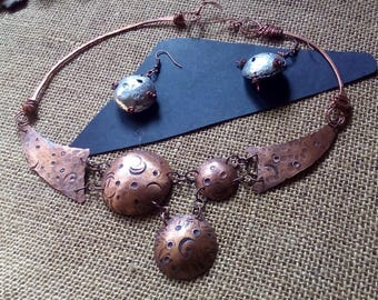 """Set """"Moon crater Caos"""", hand forged copper necklace Choker"""