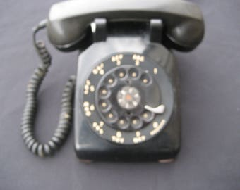 VTG Western Electric (Bell) Rotary 1954 CD 500D Black Desk Phone-untested-slight discoloration-some rust on bottom