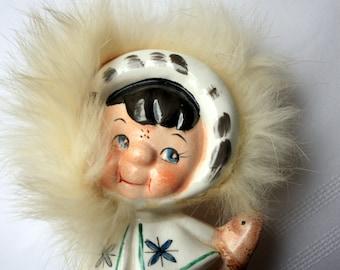 Eskimo Figurine, Eskimo knick knack, Eskimo Figure, Eskimo Collectible