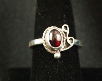 Garnet and Sterling Silver Ring Size 8 1/2