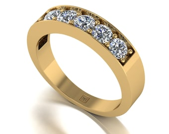 Moissanite Ring in 9 Carat Yellow Gold
