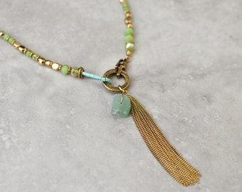 Boho necklace, bohemian necklace, long necklace, pendant necklace, green necklace, gypsy jewelry, gold necklace, beaded necklace, boho chic