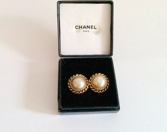 Vintage Chanel Faux Pearl Double Braid clip ons 1980s