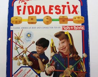 Vintage Toys-N-Things Fabulous Fiddlestix Classic Builder Toy Set 1994