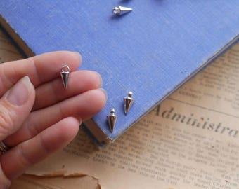 12 pcs Small Silver Spike Teardrop Dangle Charm Pendants 14mm (BC3235)