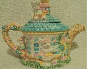 Rabbit Tea Pot, 1994, Mercuries Pottery
