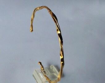 Brass twist cuff
