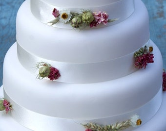 Rustic Country Dried Flower Cake Ribbons