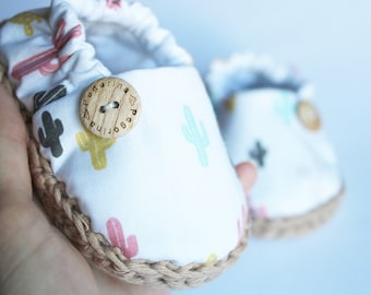 Cactus baby shoes / Crib shoes / baby booties / baby espadrilles / newborn shoes / soft sole shoes / baby gift / baby loafers