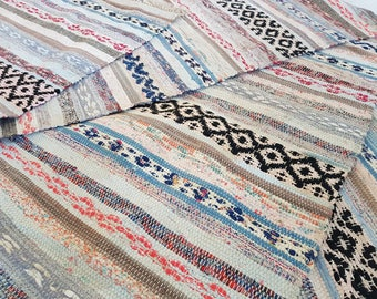 Nordic Handwoven rag rug /carpet, traditional nordic folk craft. Including shipping. Rosengång. Large vintage rug.