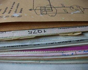 10 Vintage colored EPHEMERA PAPER Pack - Antique lot of PAPERS