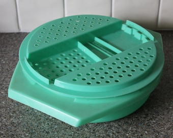 Green Tupperware Grater Container Retro Vintage