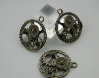 4 pcs.Zinc Antique Brass Wheel Gear Steampunk 3D Gear Charms Pendants 30x35 mm. Gear BR 3D PND 84