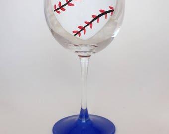 Baseball Wine Glass//Baseball lovers gift