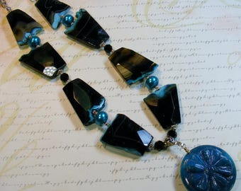 Black and Blue-agate and pearl necklace with flower pendant, 24 inches or 61 cm