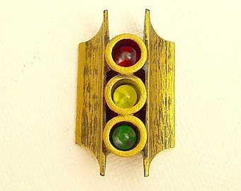 Old Fashioned Stop and Go Steet Light Signal Red Yellow Green Wood Pendant Ornament Dangle