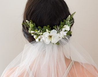 Wedding Flower Comb- Bridal comb- Rustic wedding headpiece- Fern Greenery Comb- Ivory Bridal Headpiece- Hair Vine
