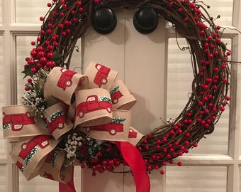 Grapevine and Berries Christmas Wreath