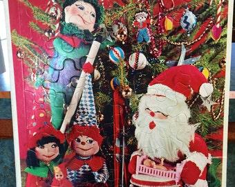 1967 Christmas Time Whitman Frame Tray Puzzle