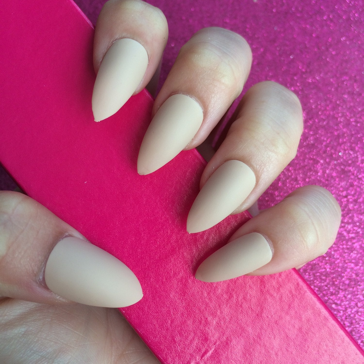 Fantastic Nails Stiletto Matte Model - Nail Art Ideas - morihati.com