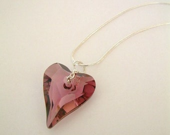 Crystal heart necklace - Rose pink
