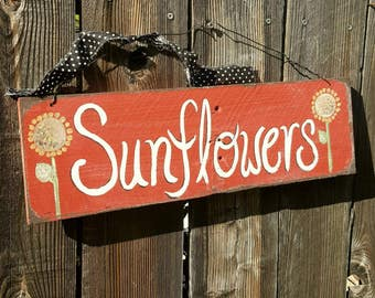 Sunflower sign,rustic home decor,primitive home decor,reclaimed wood,country home,farmhouse,primitive wood sign,yellow sunflower,barn red