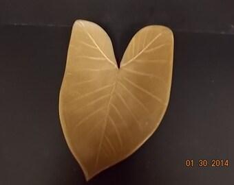 Large Stoneware Leaf
