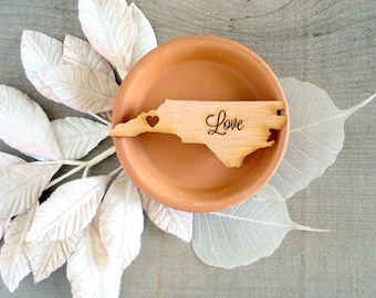 100 North Carolina State Wedding Favors Custom Engraved