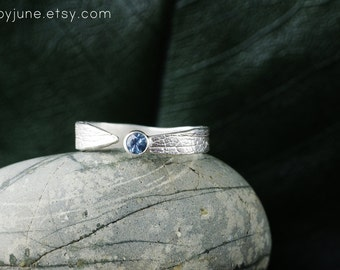 Sterling Silver Sapphire Leaf Ring | Stacking Ring | Nature Inspired Ring
