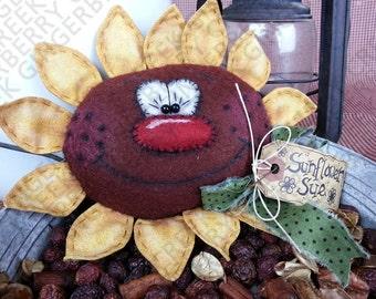 Sunflower Sue Pattern #128 - Primitive Doll/Tuck/Ornie Pattern