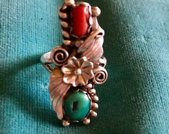 Vintage Sterling Silver Turquoise Coral Beautiful detailed Navajo Size 5 Ring   Signed JJ