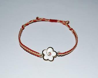 Handmade  Macrame Flower  Bracelet, Unique gift, Red-White Flower  bracelet