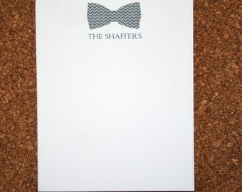 Set of 4 Personalized Notepads with Bowtie / Customized with Family Name / Custom Note Pad / Bow Tie with Family Name