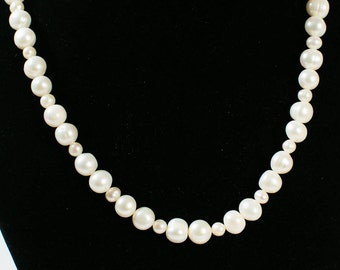 Fresh Water Pearl Necklace ( DF009/BN)