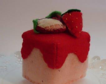 Sewing Kit, strawberry cake