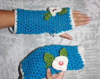 Blue fingerless gloves crochet embroidery flowers