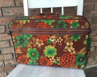 Vintage Bantam Travelware, 1970s luggage, mid century modern luggage, floral suitcase