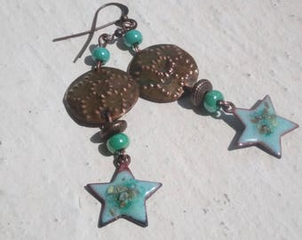 Flowered stars - hammered copper and enameled copper