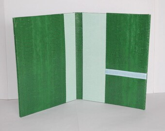 Green stiff pad 2 tones