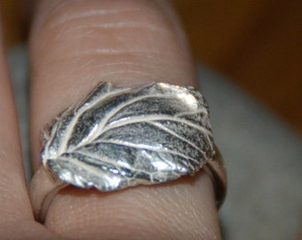 Rose Leaf Ring. Pure Silver.