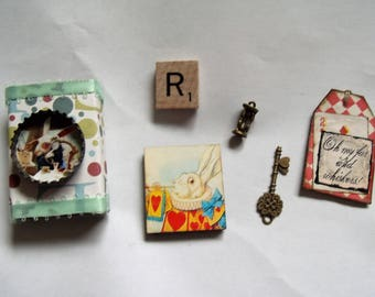 The White Rabbit/Alice in Wonderland Matchbox with 5 Goodies Inside/Decoration/Stocking Stuffer/Gift