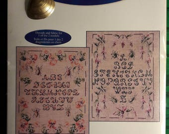 "Kit ""Nasturtiums sampler"" and fuchsia sampler cross stitch alphabet DMC"