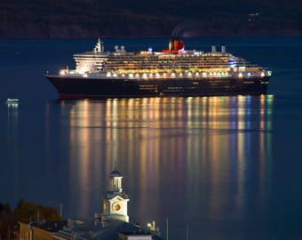 The Queen-Mary 2 in the bay of Gaspé in the night at Gaspé, Gaspe Coast