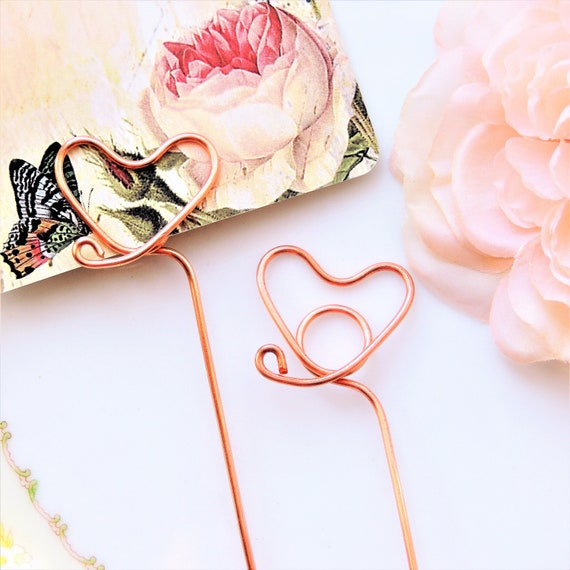Heart wire place card holders table number holder diy stems heart wire place card holders table number holder diy stems plant picks gold silver spiral photo flat card sign gold silver tall long copper greentooth Gallery
